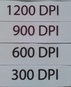 昇華転写印刷ネックストラップの解像度別比較。300dpi, 600dpi, 900dpi, 1200dpi